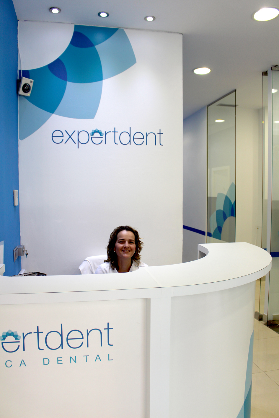 montaje_tiendas_expertdent_06