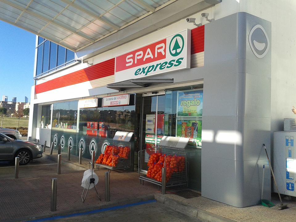 montaje_tiendas_galp-spar_02